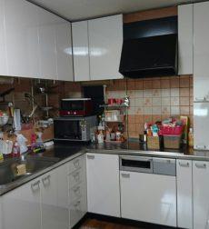 L型キッチンの扉をリフォーム